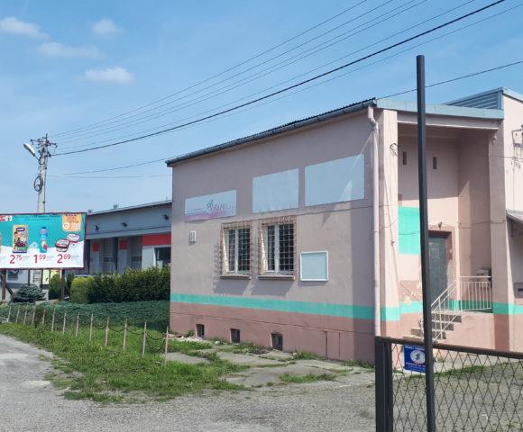 (Polski) Budynek wolnostojący pod Łańcutem